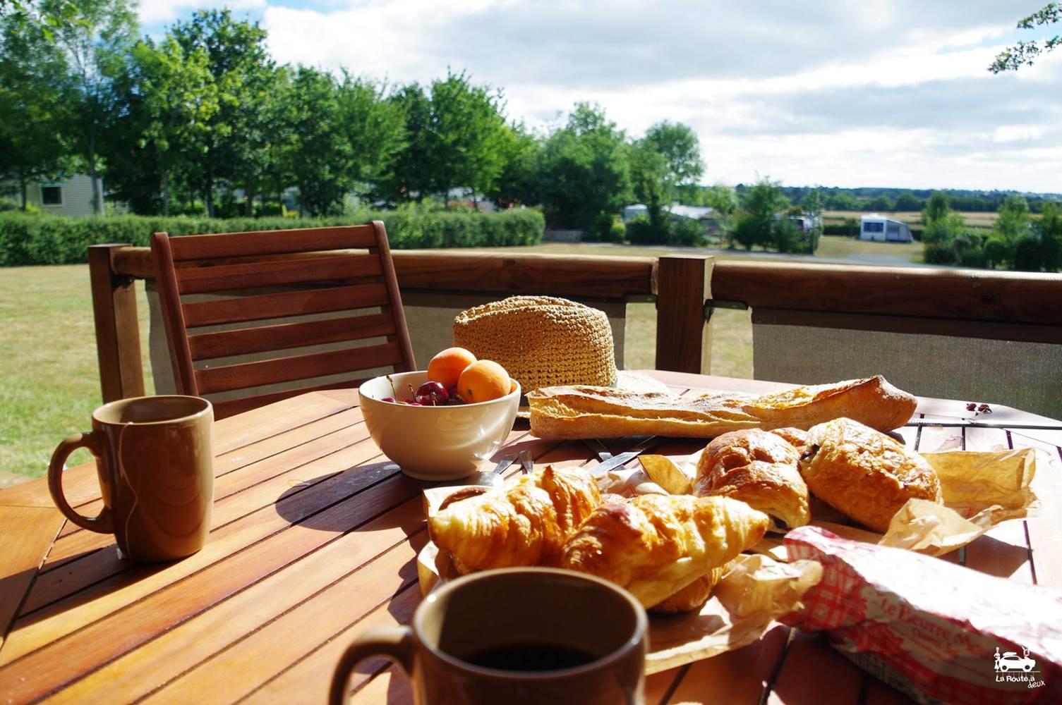 Petit déjeuner en Tente Lodge ©