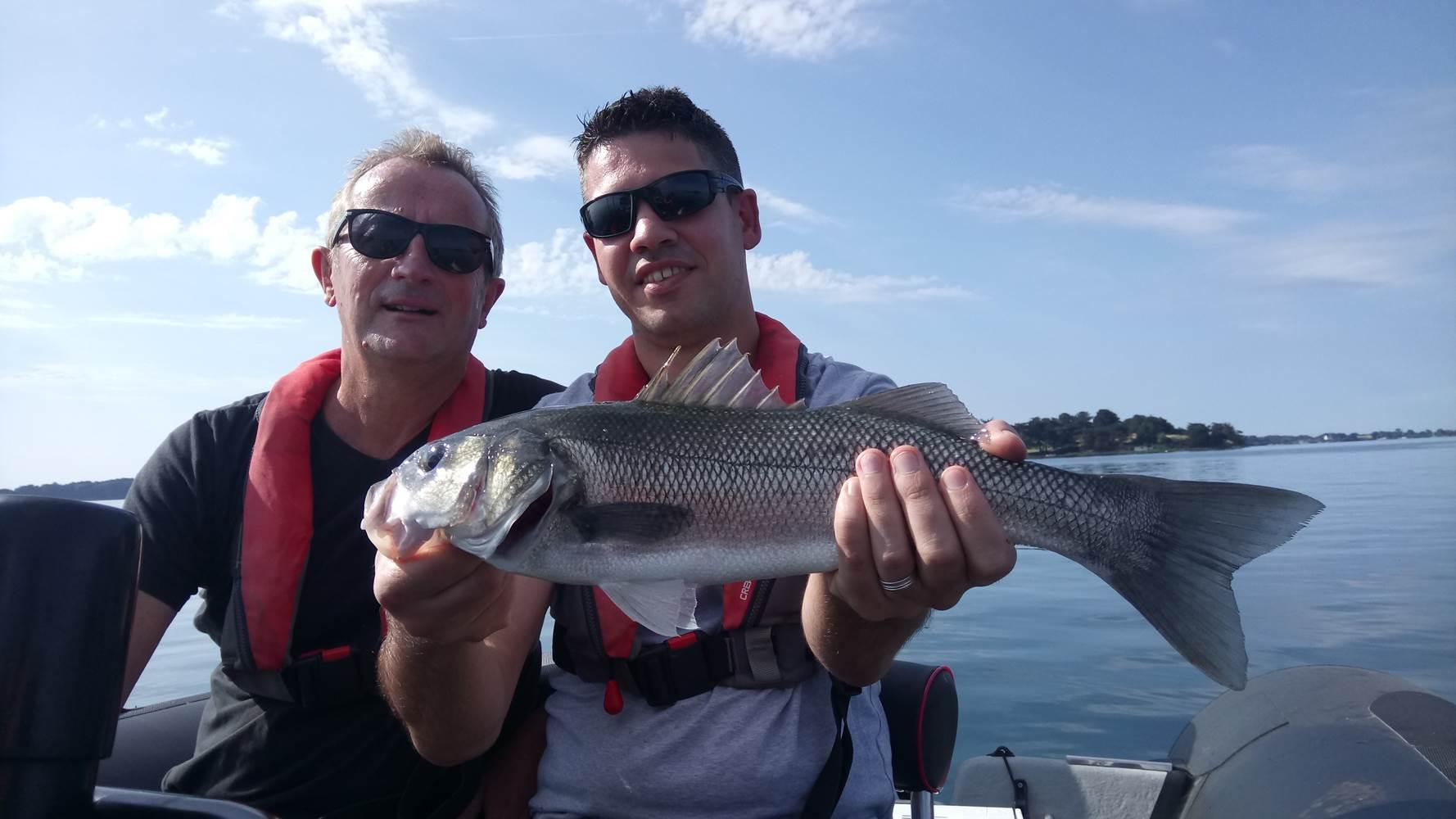 Guide de pêche dans le Golfe du Morbihan- Sortie pêche en mer en bateau- Guide de pêche Vannes, Sarzeau, séné, Larmor-Baden, Arzon ©