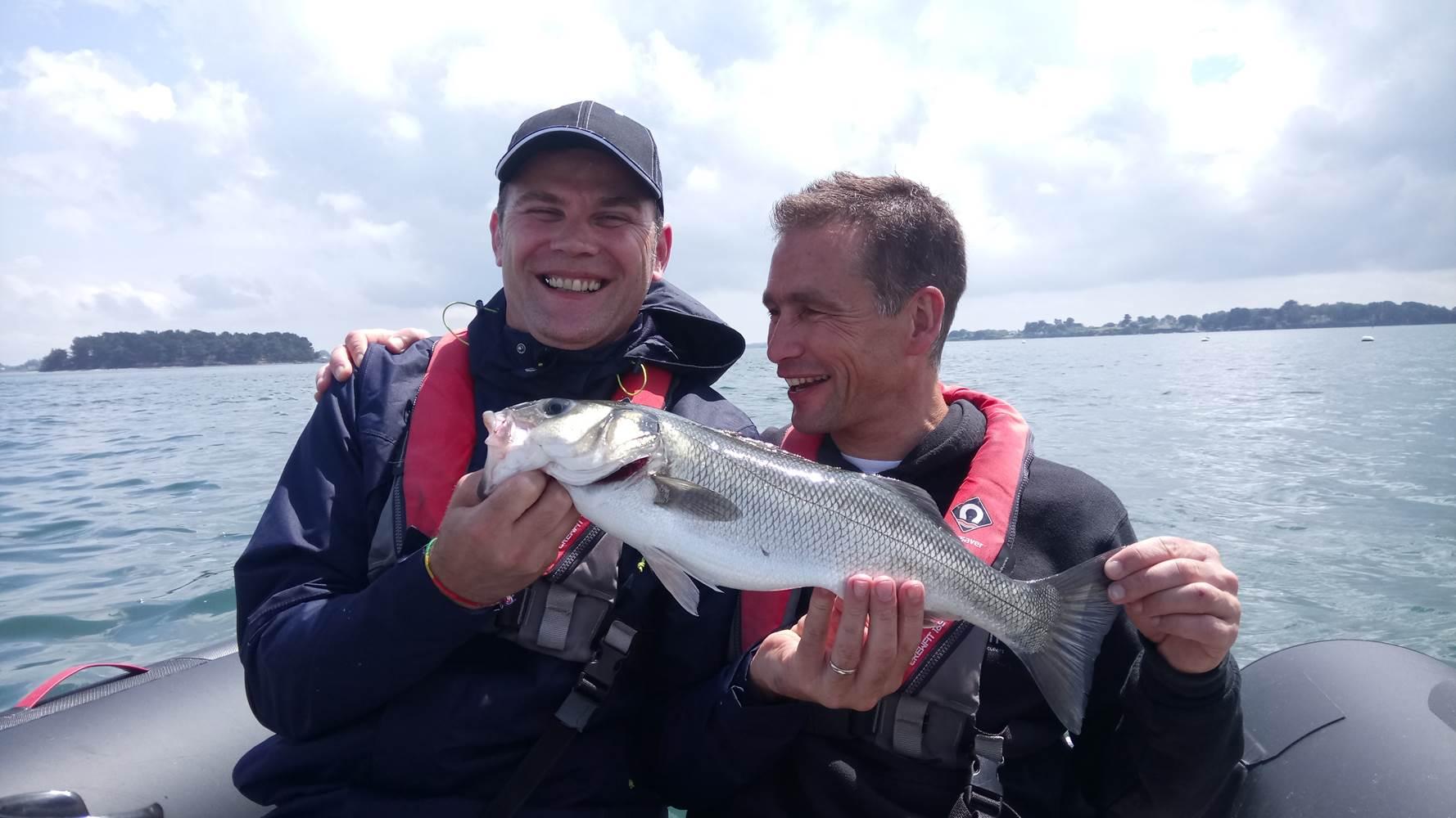 Gilles et François, tous les deux bénévoles au Tiken Trail sont venus se mesurer au Bar du Golfe ! ©