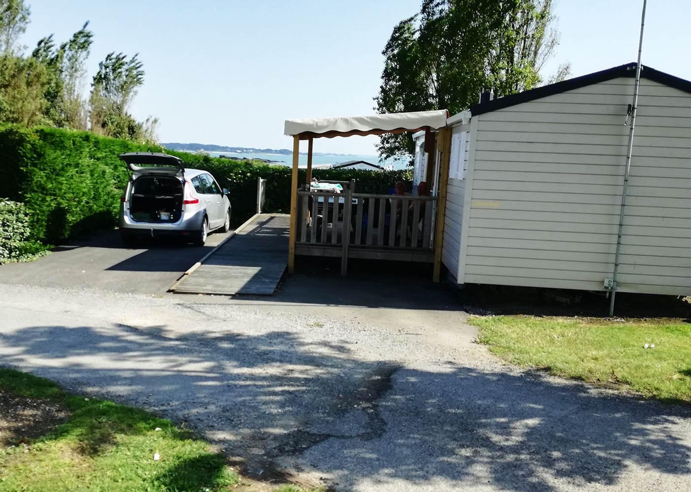 Emplacement du mobil home PMR avec rampe ©