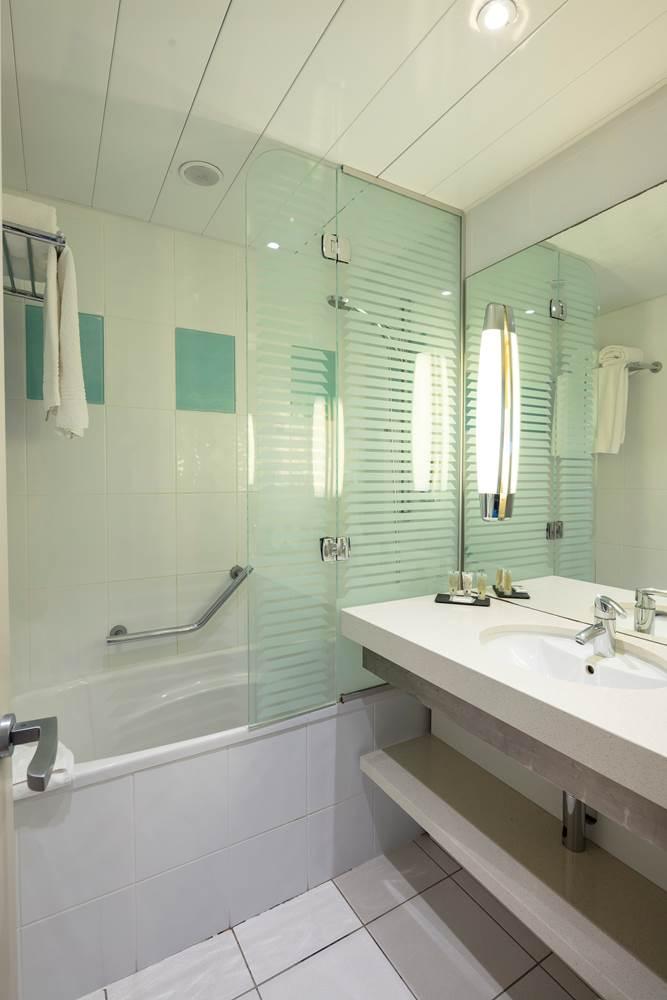thalazur_carnac_hotel_chambre_bain_atlantique_2019 ©