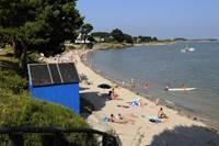 Petite plage de Kervoyal