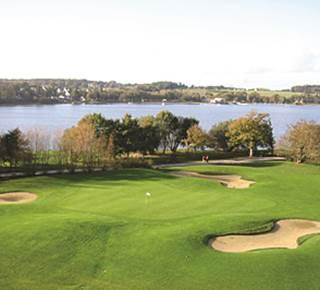 Golf Blue Green Lac au Duc