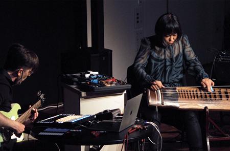 Concert E' Joung-Ju & JEFF – duo électro-coréen + 1er partie : Zôl ( Electro live Guitare Machine) à l'Etang Moderne